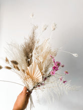 Load image into Gallery viewer, FOREVER Dried Bouquet