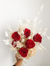 Load image into Gallery viewer, Eternal Love Rose bouquet