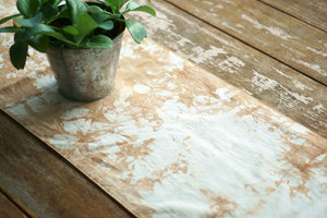 Table Runner with organic natural color by Xiapism Natural Dye