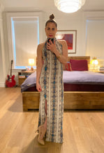 Load image into Gallery viewer, Snake print maxi - Beige / Teal