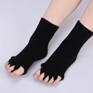 Bunion Relief Toe Socks(2 pairs) black / white gotolovely