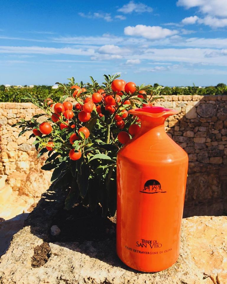 ceramic, lycopene, antioxidants, vitamin C, Ogliarola,Favolosa, olives, cold pressed, hand picked, first press, puglia, italy, polignano a mare, waitrose, extra virgin olive oil, Natural vitamins E, vitamin A, vitamin K, vitamin D, award winning, Bari, hand made