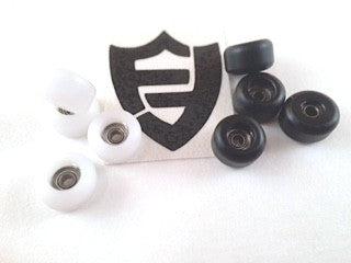black and white flateface g6 bearing fingerboard wheels