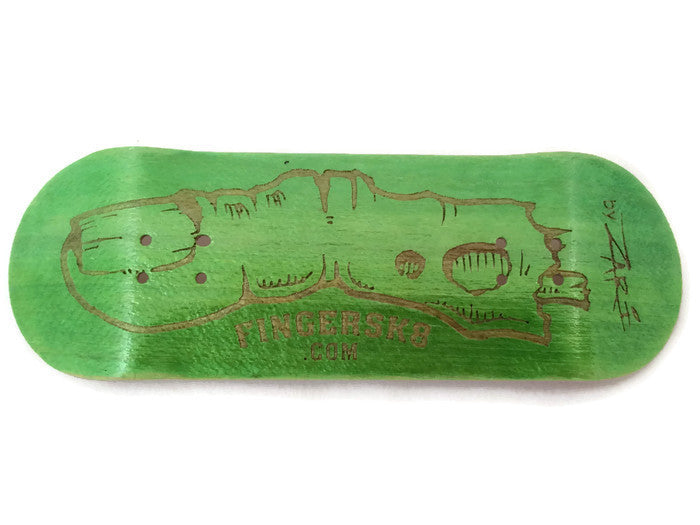 fanno fingerboard engraved zombi finger green 5ply deck