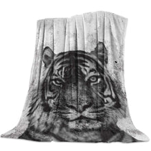 Load image into Gallery viewer, Licans Fleece Blanket Throw Blanket for Couch Bed Super Soft Microfiber Fuzzy Lightweight Non Shedding Flannel Blanket for Adults Kids or Pet,Tiger (50 x 60 Inches)