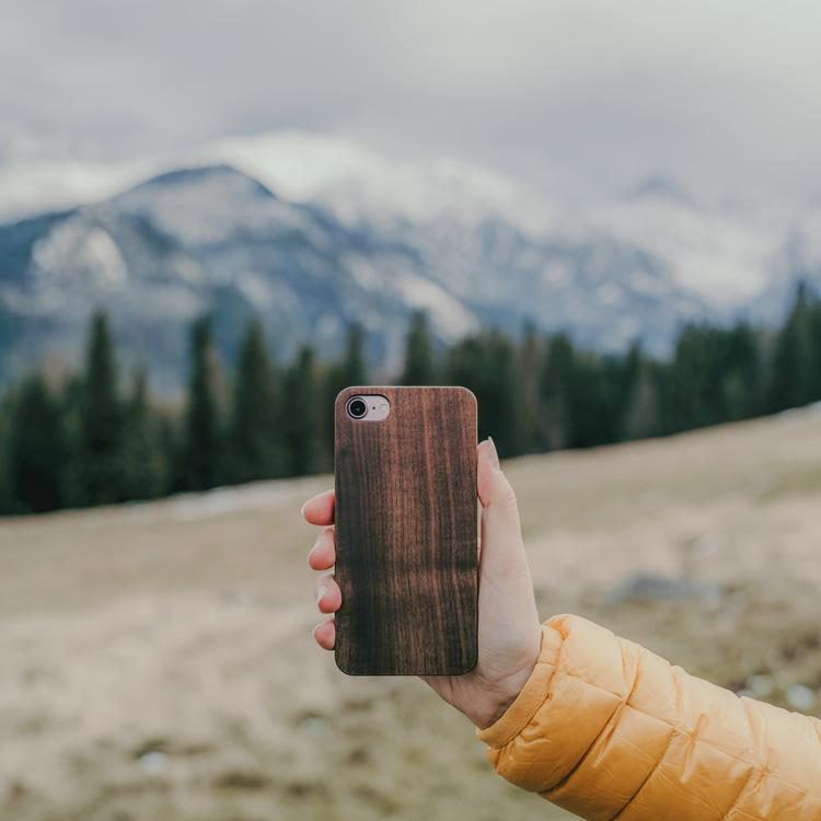 iPhone 7 wooden cover