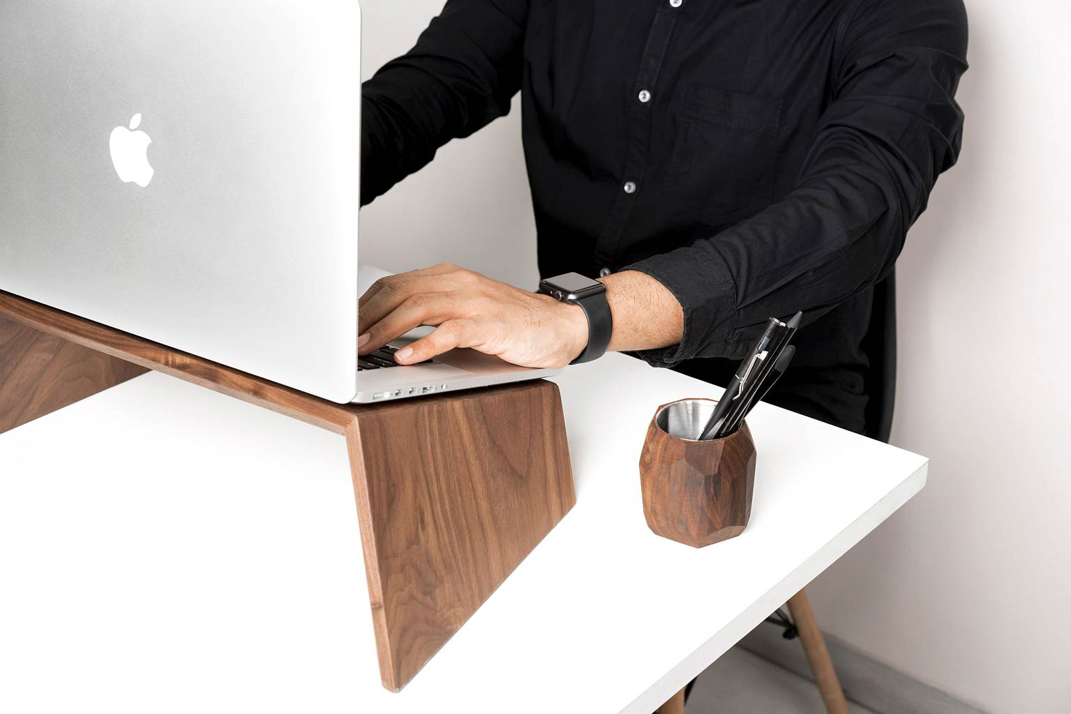 wooden laptop stand handcraft