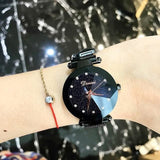 New Style Women Watches Fashion Women Creative Luxury Starry Quartz Watches Simple Magnet Stone Strap Clock zegarki damskie