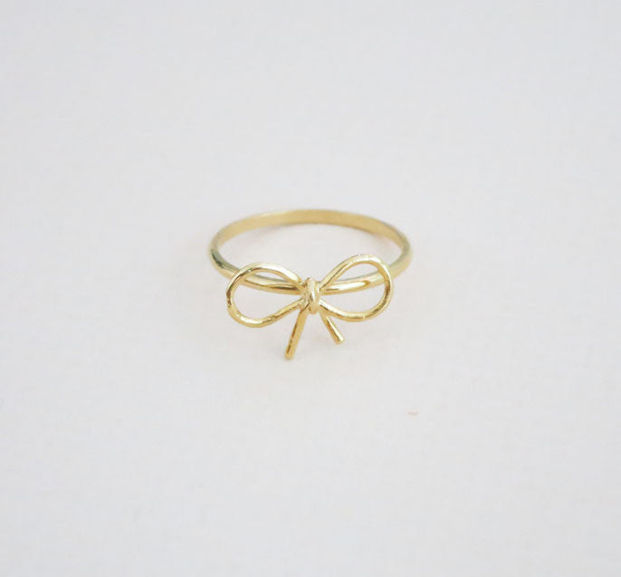 Simple Bow Knuckle Ring