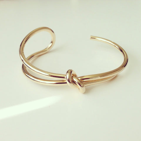 Curved Knot Bangle