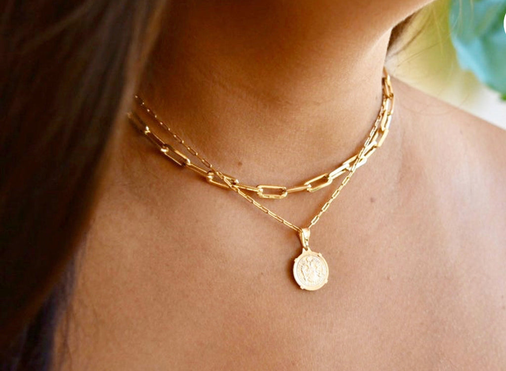 Adorable Layered Necklace With Coin