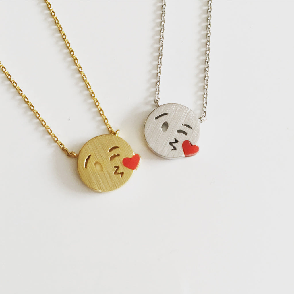 Emoji Kissing Face Necklace