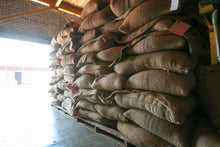 Load image into Gallery viewer, Burundi Kayanza Microlot - Piccolos.coffee