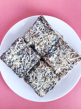 Load image into Gallery viewer, Classic Lamingtons