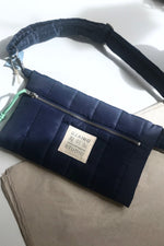 Load image into Gallery viewer, Cross Bag Puffa Blue with front Logo