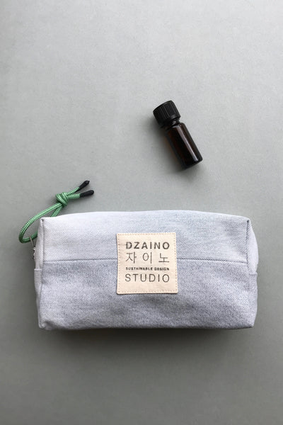 Essential Oil Bag Advanced Very Light Blue from Dzaino