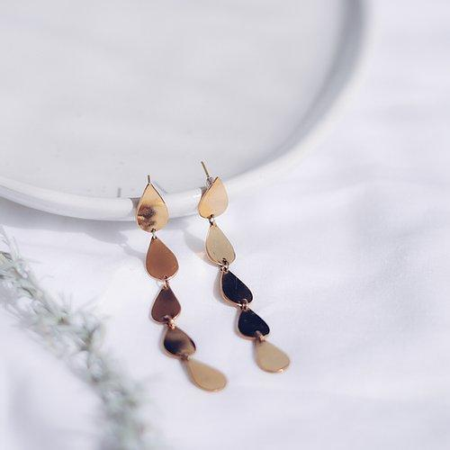 Energising Droplets Gold Earrings - By Finders and Makers - Papaya Lane