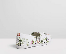 Load image into Gallery viewer, Freshwater Flamingos Espadrilles Canvas Vegan Shoes - The Bondi Club Shoes - Summer Shoes. Flat shoes - Flats
