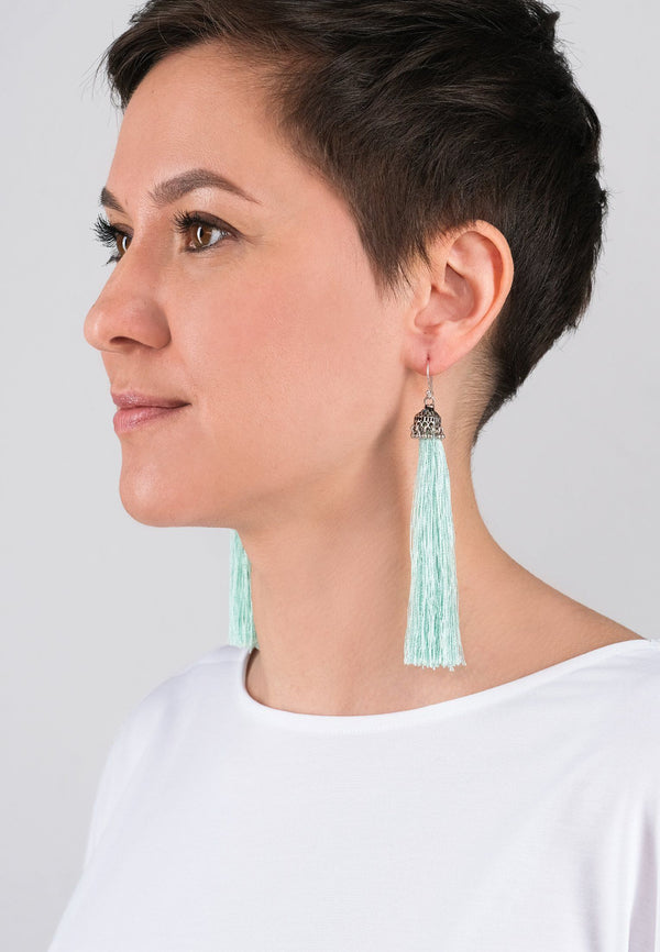Light Tassels Earrings - adelina.world