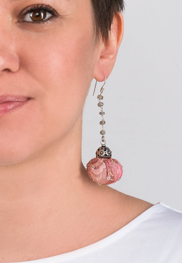 Earrings Pompons 2 - adelina.world