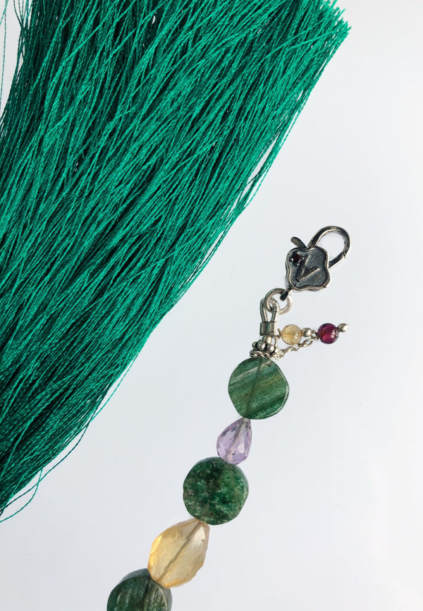 Green Tassel - adelina.world