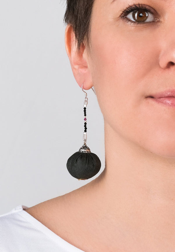 Earrings Pompons 3 - adelina.world