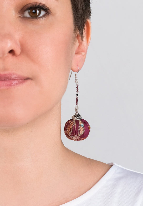 Earrings Pompons 5 - adelina.world
