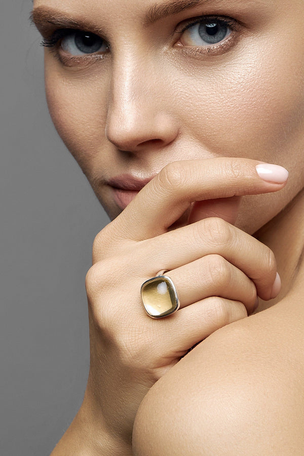 Lemon Quartz Square Silver Ring (Mid-Day) - adelina.world