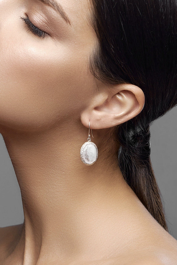 classical moonlight earrings - adelina.world, ジュエリー, moonstone, natural stone