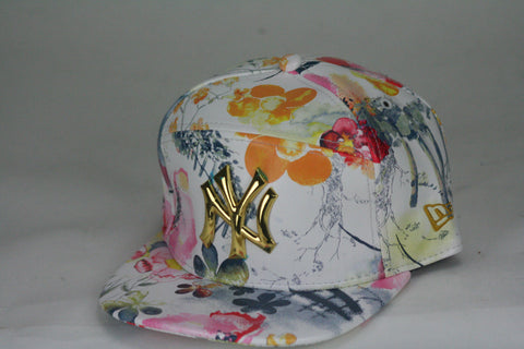 Yankees White Floral Leather Snapback - HatsbyWill  - 1