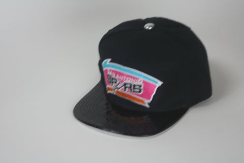 Spurs blk/blk patent leather brim snapback - HatsbyWill  - 1