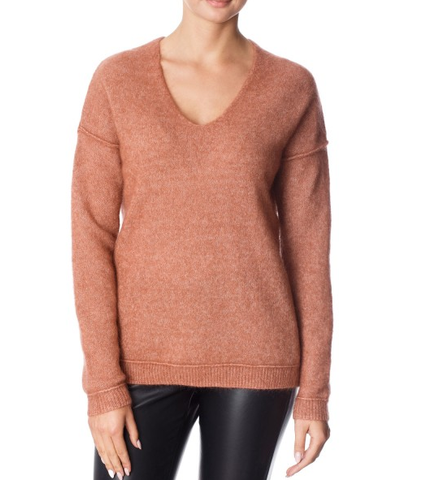 Brook V Neck / Caramel