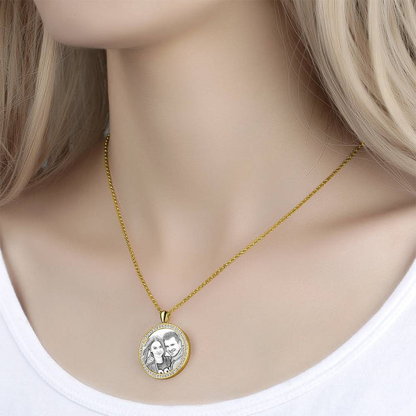 Women's Personalized Rhinestone Crystal Round Shape Photo Engraved Necklace 14K Gold Plated Golden - Sketch