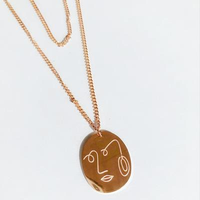 Simple Face Necklace in Rose Gold Plated