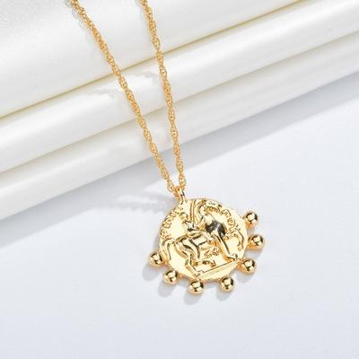 Coin Necklace Vintage Portrait Relief Dainty Disc Pendant Retro Circle (Chain Length Adjustable 32.5cm-38.5cm)