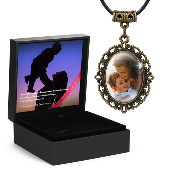 Mom's Gift - Vintage Oval Photo Necklace
