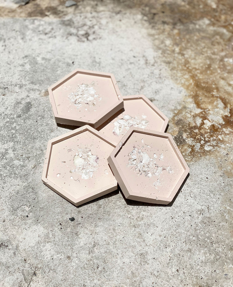 Blushing Oyster Coaster Set - Hexagon