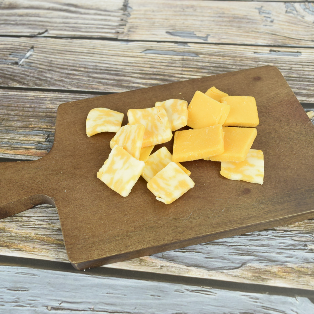 How to Prepare an Appetizer Snack Tray: Cheese
