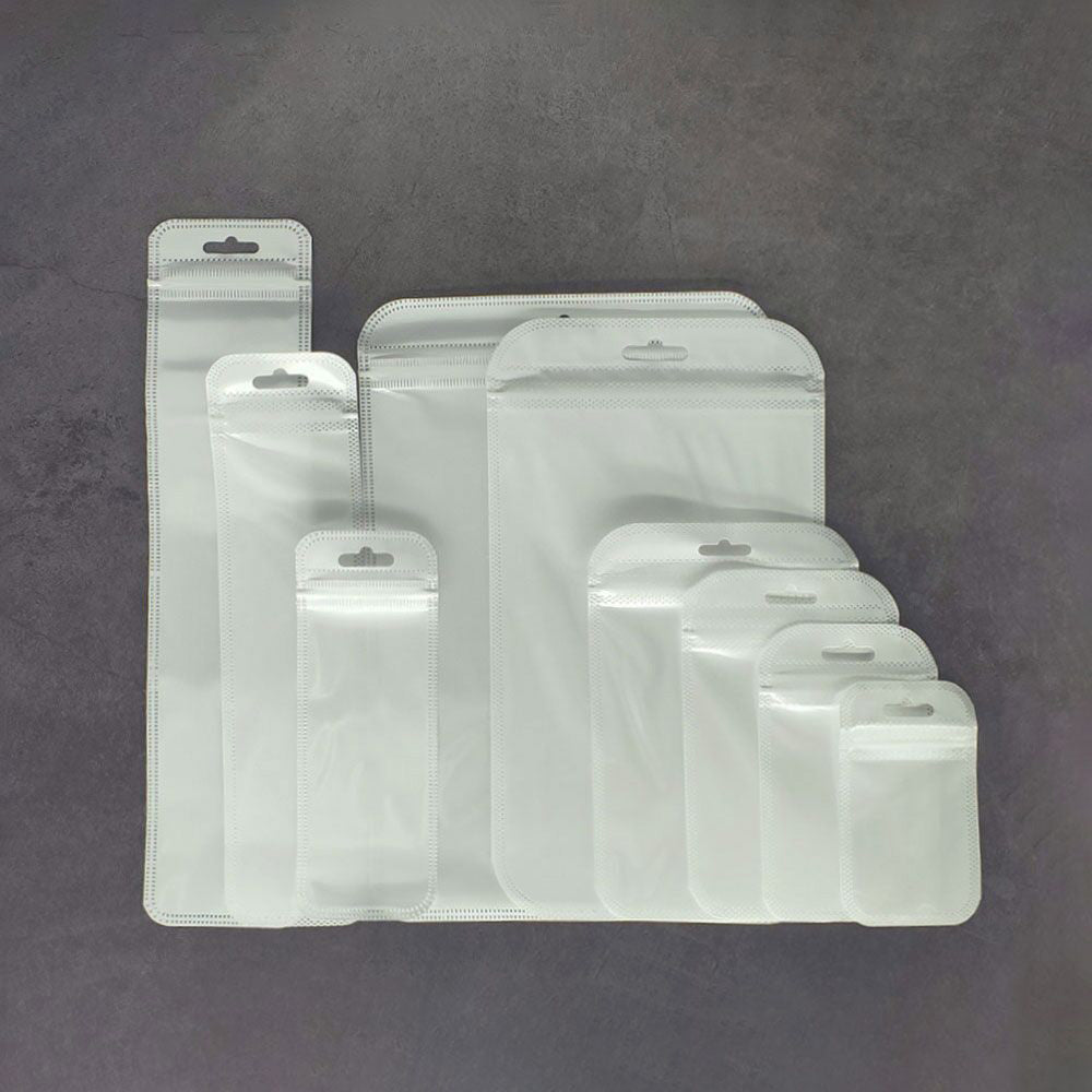 QQ Studio® Single-Sided Lucid Clear Plastic Flat QuickQlick™ Bags with Rounded Corners and Butterfly Hang Hole