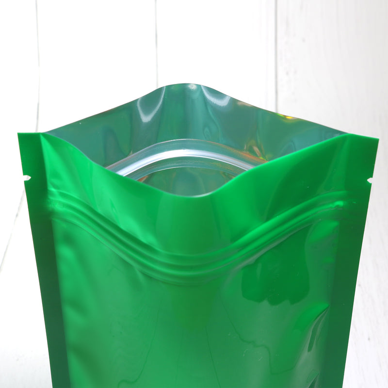 QQ Studio® Glossy Clover Green Round Window Plastic and Mylar Stand Strong™ Bags