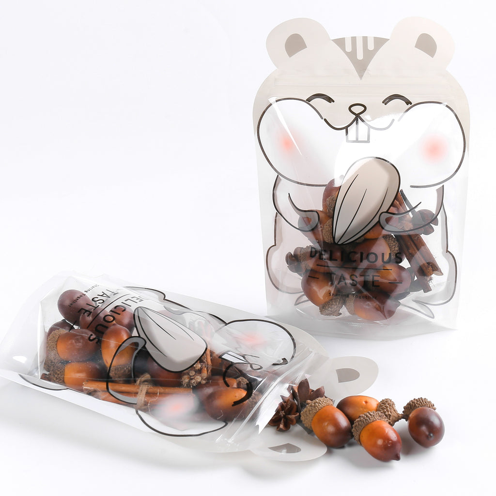QQ Studio® Chipmunk Gray Stand QuickQlick™ Bags with Animal Print Window