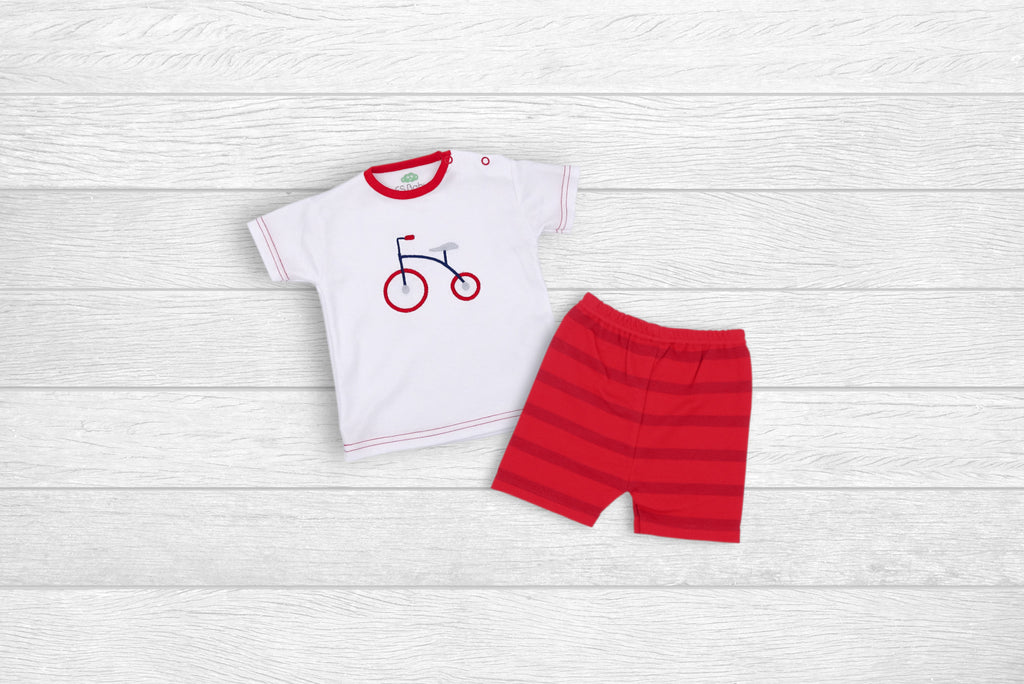 T-Shirt and Shorts with Bicycle