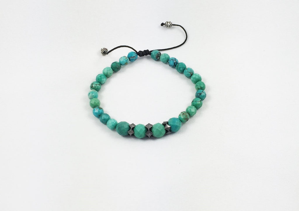 Unisex Turquoise bracelet In Silver.