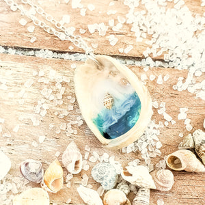 Beach Scene Seashell Necklace
