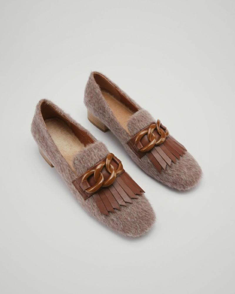 Tassel Round-toe Shallow Mouth Loafers