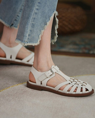 Solid Cut-out Roman Round -toe Flat Sandals