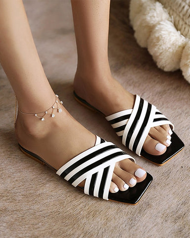 Colorblock Strap Open-toe Upper Flat Slippers Sandals