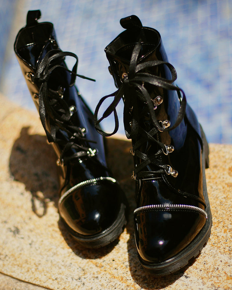 Solid Lace-up Leather Martens Boots