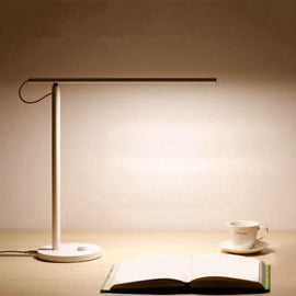 Perpendicular LED Desk Lamp