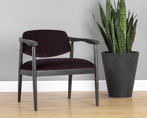 WESTLEY LOUNGE CHAIR – LEO CABERNET
